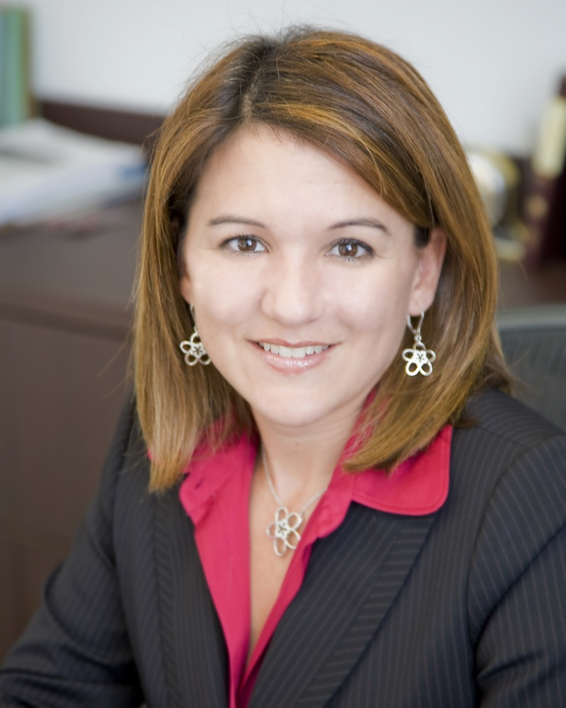 Dania Fernandez Miami Real Estate Attorney